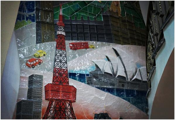 Tầng 3 đặc sắc với tháp Eiffel