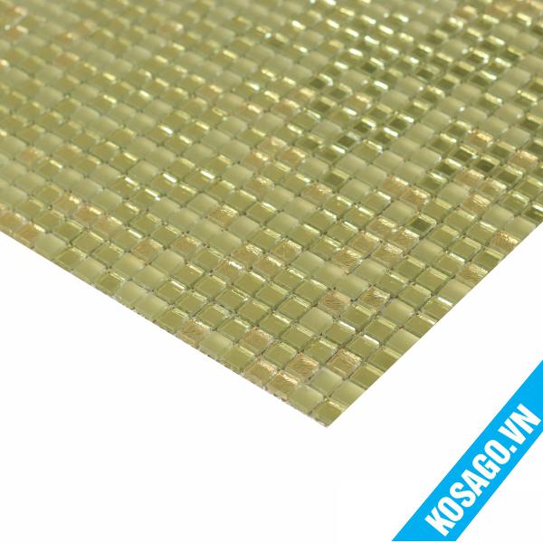 gach-mosaic-thuy-tinh-vang-anh-3
