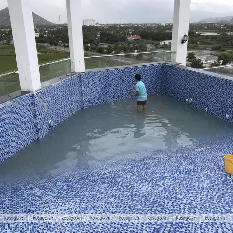 Kosago thi công ốp gạch bể bơi khách sạn Ninh Thuận – Phan Rang