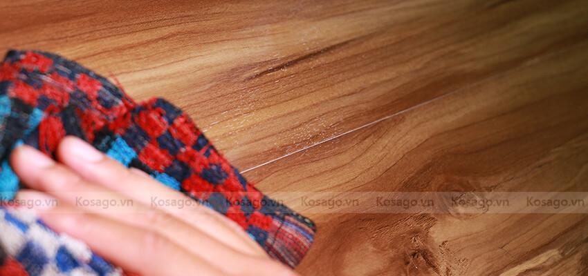 Sàn nhựa giả gỗ trong nhà bd1023 dễ dàng vệ sinh
