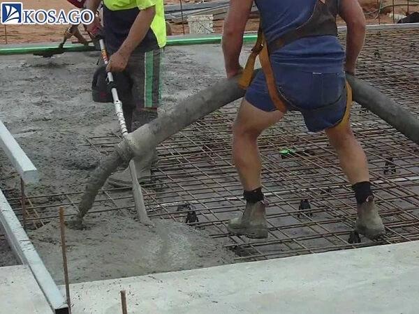 Đổ sàn bê tông