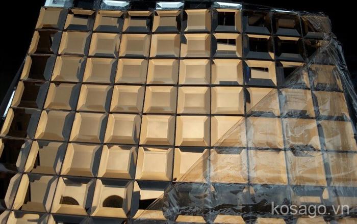 gach-mosaic-kim-cuong-vat-canh