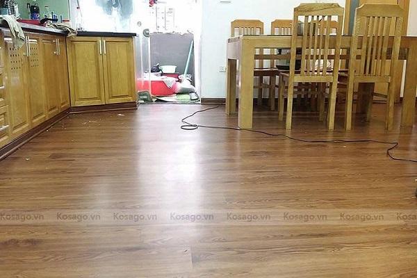 Kosago thi công sàn nhựa tại nhà anh Trường tại Xa La Hà Đông
