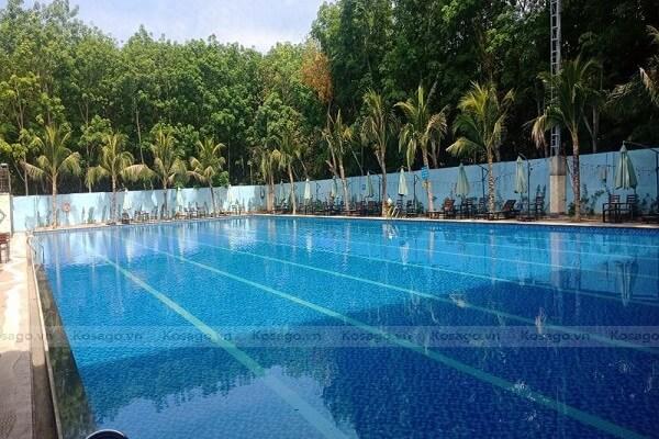Kosago hoàn thành ốp gạch cho bể bơi anh Trường, Bình Phước