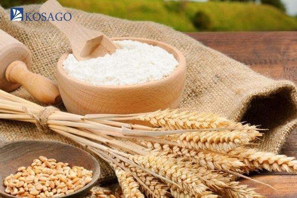 dùng bột mỳ hoặc bột gạo để làm sạch