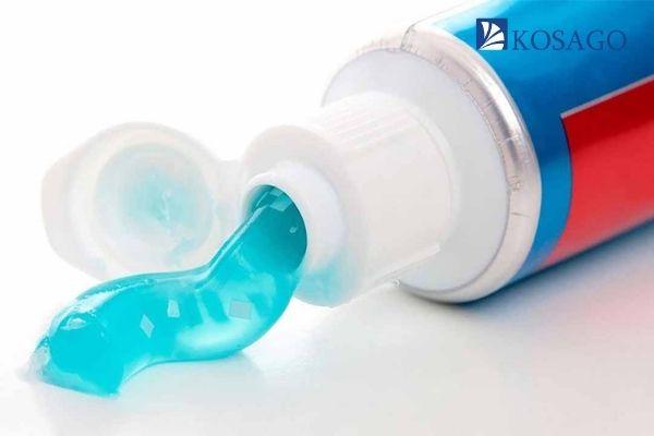 kem đánh răng giúp tẩy những vết ố vàng nhanh hơn